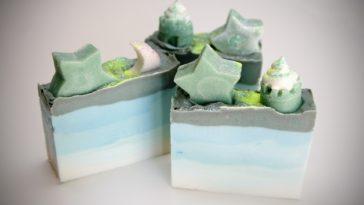 soap-447656_1920