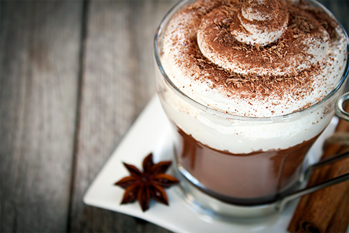http://www.epicurien.be/img/recettes-cuisines/chocolat-chaud-500.jpg
